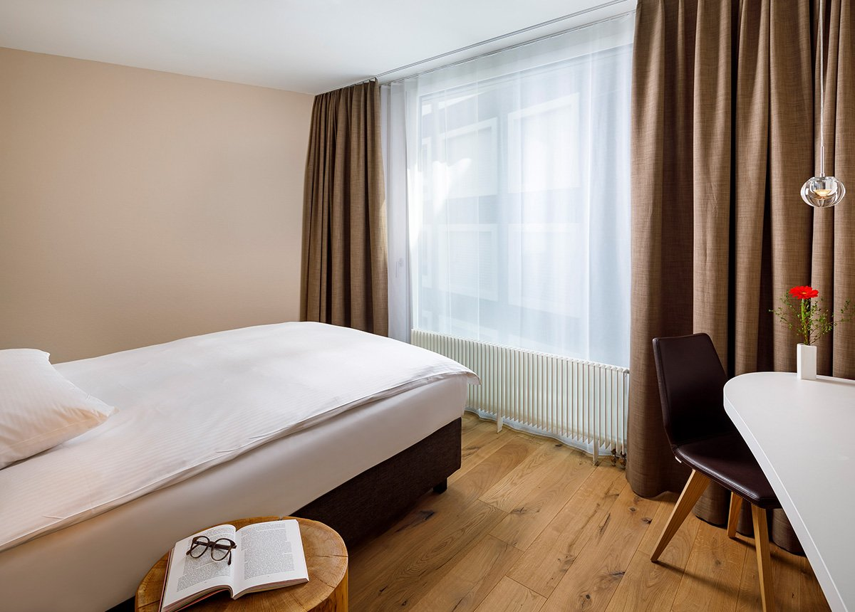 Jump Seat Room Hotel Allegra Lodge, Zurich Airport, welcome hotels