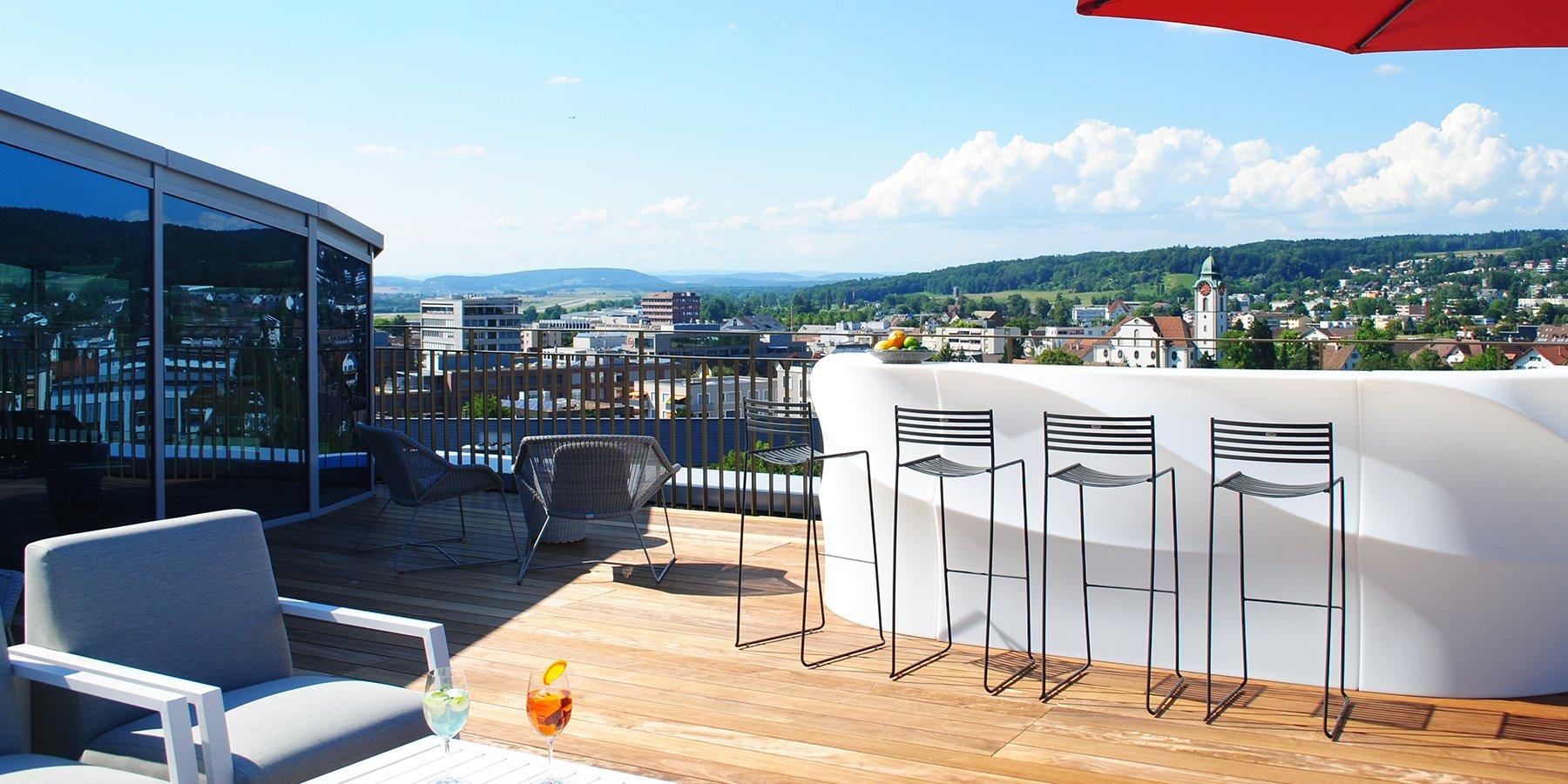 Dachterrasse Rooftop Bar Tschadun PIZ, Kloten, welcome hotels
