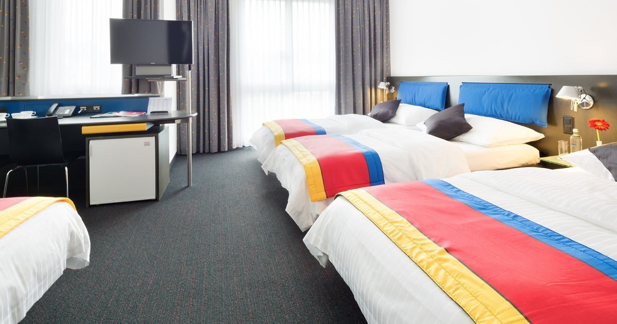 Three bed Room with Sofa Hotel Allegra, Zurich Airport, welcome hotels